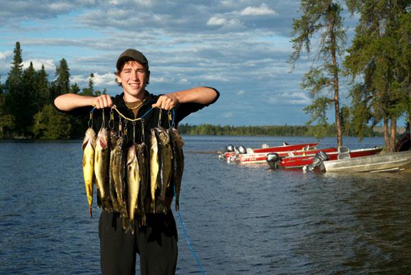 Lake ridge resort activities for Lake minnetonka fishing guide